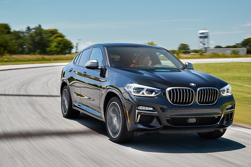 2019 BMW X4 Sports Activity Coupe: Elevated Athleticism Photo