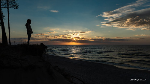 balticsea canon canoneos5dmarkiv dźwirzyno tamronsp2470mmf28divcusdg2 beach blue chmury clouds colors nature poland sand sea sky summer sun sunset sylwetka zachódsłońca landscape