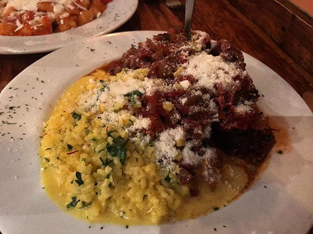#kvpinmybelly Ossobucco alla Milanese at Buon Appetito in #SanDiego Little Italy. Veal shank braised in red wine with saffron risotto. Kid loved the meat as leftovers. NOM #alexatethis #ossobucco #latergram