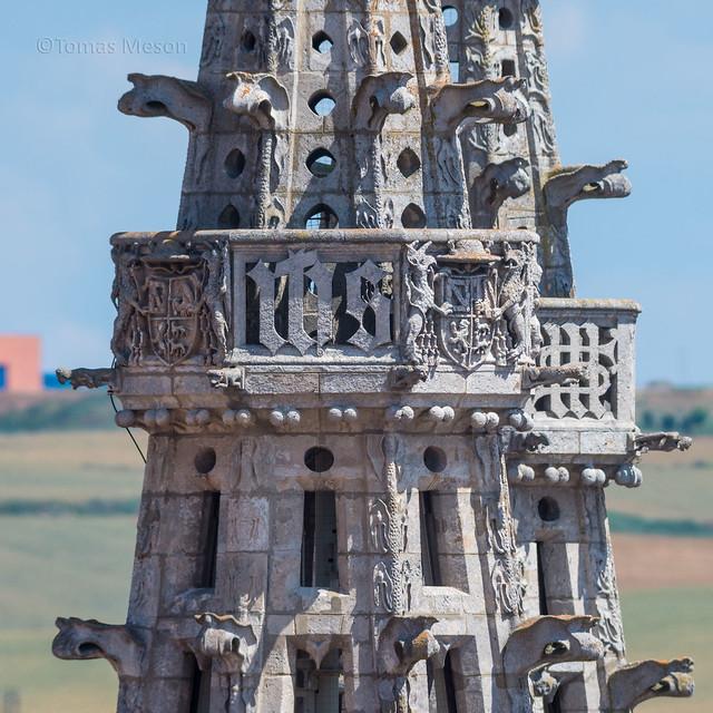 Balcones en la torre . Catedral de Burgos _DSC8711 M r  c em ma
