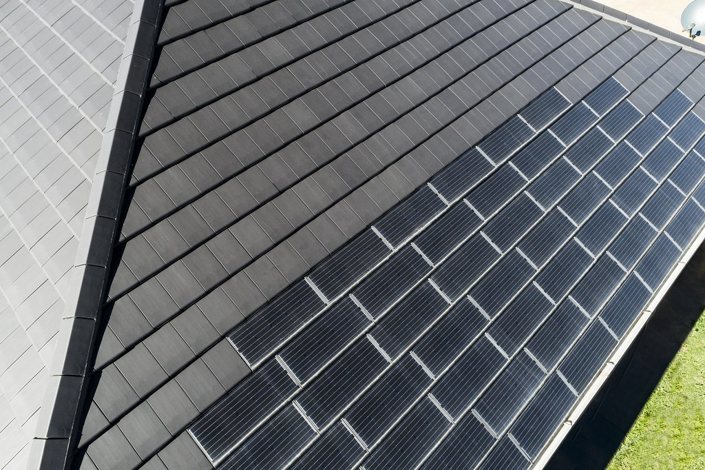 Bristile Solar Roof Tiles - Mirvac Project, Gledswood NSW (9)
