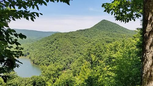 hike hiking scenic trails lake view