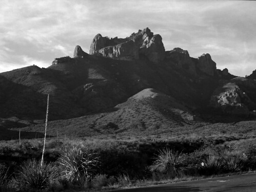 Sunrise in the Chisos Mtns @ Big Bend Nat'l Park. | by kenj8246