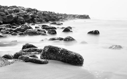 longexposure monochrome blackandwhite rocks ocean pacificnorthwest pacificocean washingtonstate canoneos5dmarkiii canonef2470mmf28lusm bwnd1000x beach water
