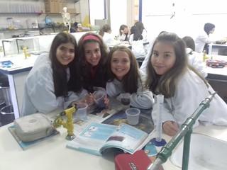 Laboratório de Ciências: permeabilidade do solo - 6º ano (ago/18)