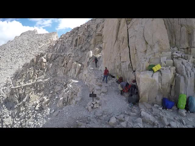 1438 GoPro panorama video from Trail Crest on the John Muir Trail