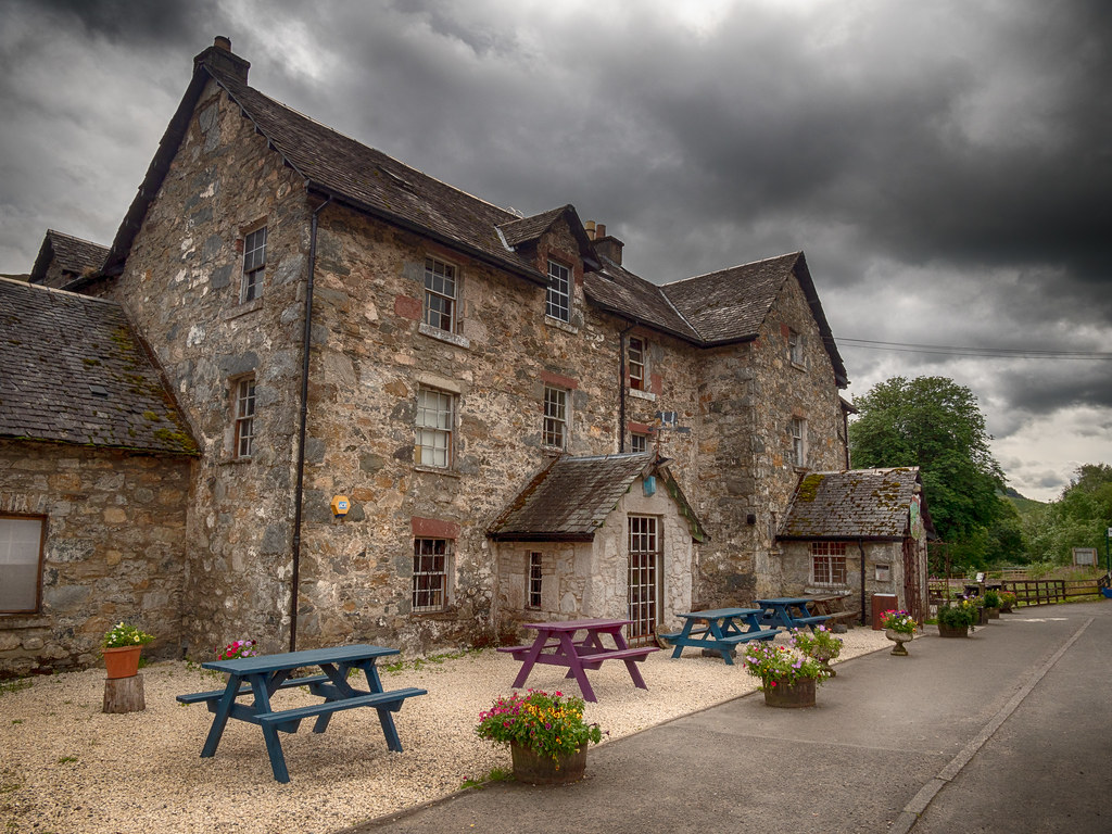The Drovers Inn >> The Drovers Inn The Beautiful 300 Year Old Drovers Inn Lo Flickr