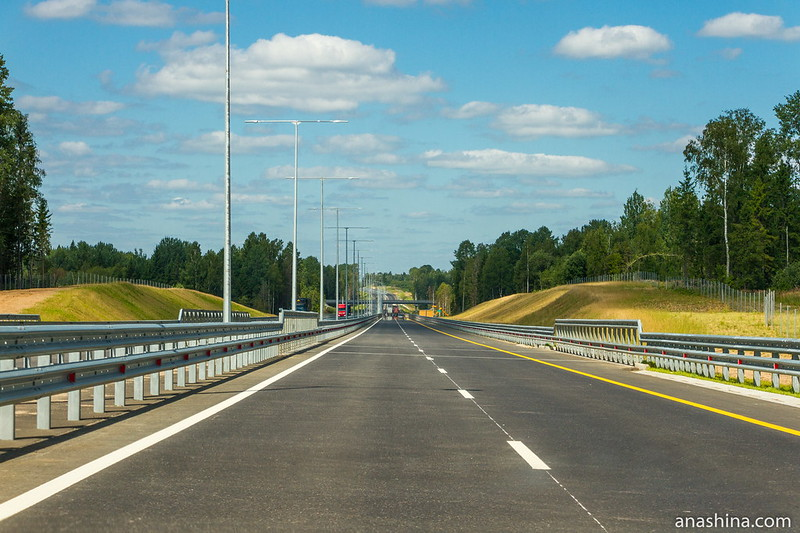 Скоростная трасса М-11 в Тверской области