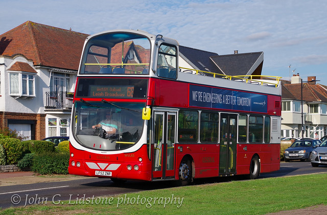 On original 68 route in Marine Parade, Leigh-on-Sea, Go-Ahead London General Volvo B7TL / Wright Gemini WVL83, LF52 ZNR