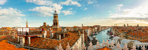 canalgrande canon canoneos5dmarkiv italy rialtobridge wenecja włochy architecture blue bluesky buildings city colors roofs venice view