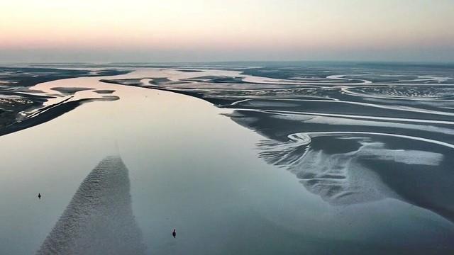L'embouchure de la Baie de Somme au coucher du soleil  (drone)