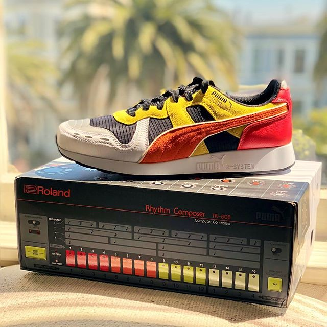 happy synth nerd snagged a Puma x Roland #808day special edition. love the box graphics.