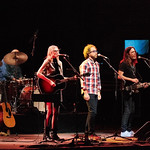 Thu, 21/06/2018 - 9:50pm - Aimee Mann and her band (including Jonathan Coulton) play in Prospect Park, Brooklyn, 6/21/18. Broadcast live on WFUV Public Radio. Photo by Gus Philippas/WFUV