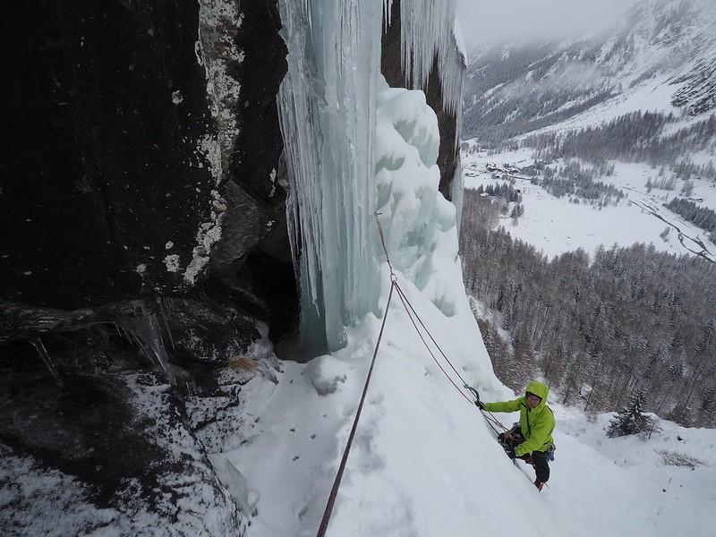 Cogne classic. Climber: Darren Sheppard