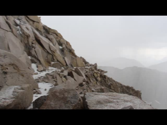 1695 Video of thunder and hail on the John Muir Trail near Mount Muir
