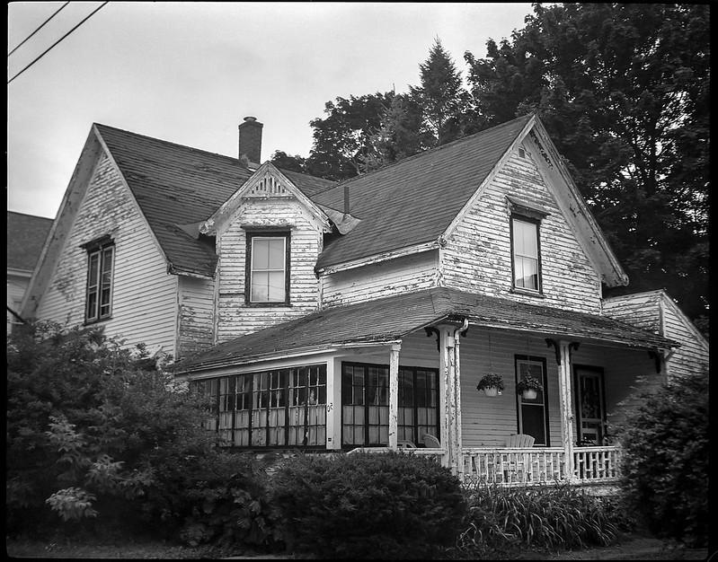 LTR old homestead, peeling paint, Masonic Street, Rockland, Maine, Koni Omega Rapid 100, Super Omega 90mm f-3.5, Arista.Edu 200, Ilford Ilfosol 3 developer, 7.20.18.jpg