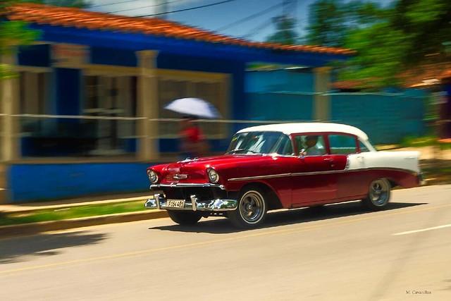El viejo almendrón cubano