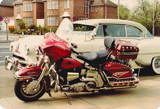 Edgeware ,North London, 1954 pontiac star chief and my 1981 electra glide. | by Trevor Lawrence Photos Northern Ireland
