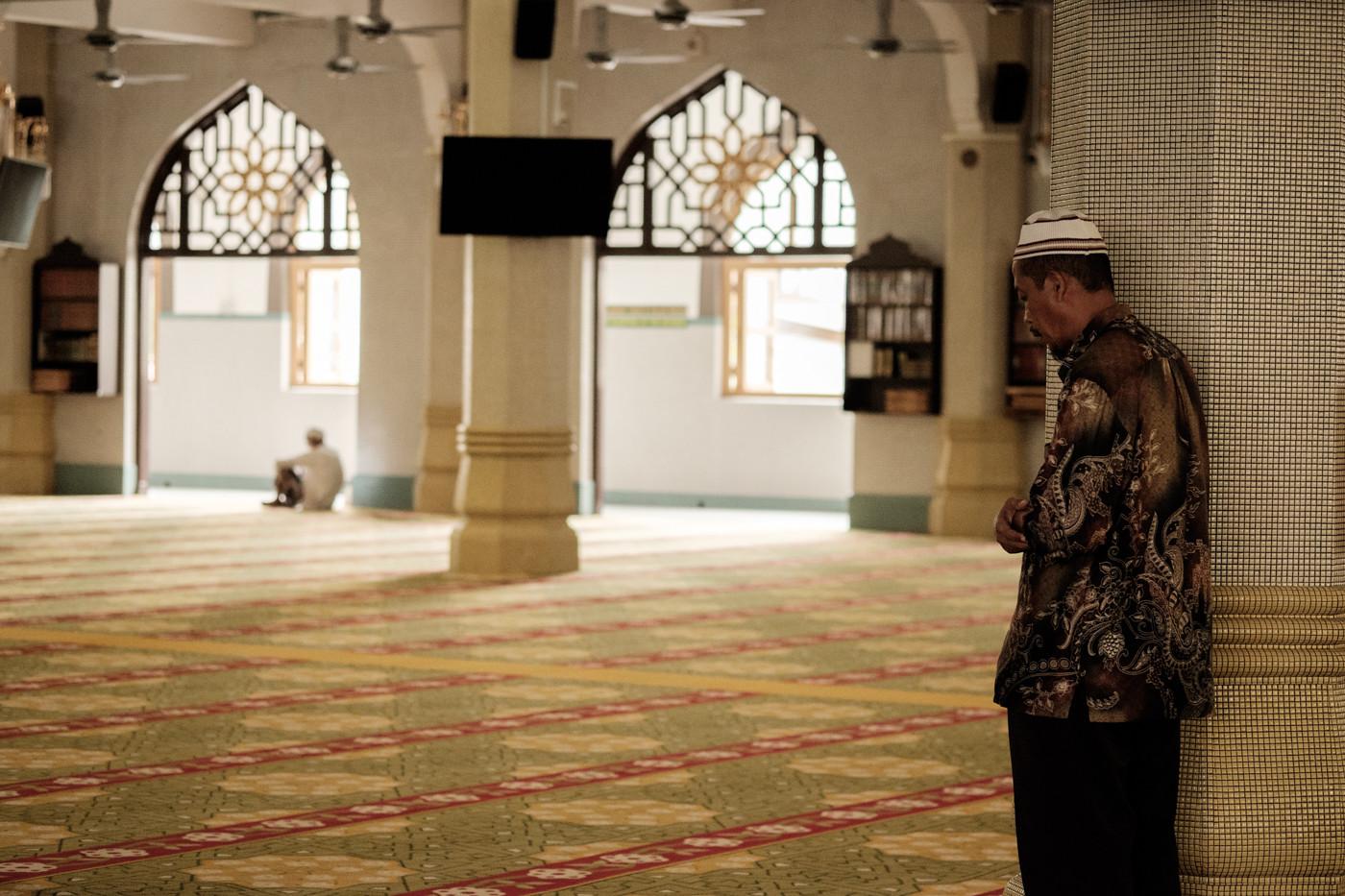 xf60mm f2.4 r macroの作例 レビュー ポートレート シンガポール モスク