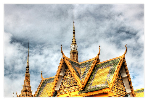 Phnom Penh K - The throne hall inside the Royal Palace complex 07 | by Daniel Mennerich