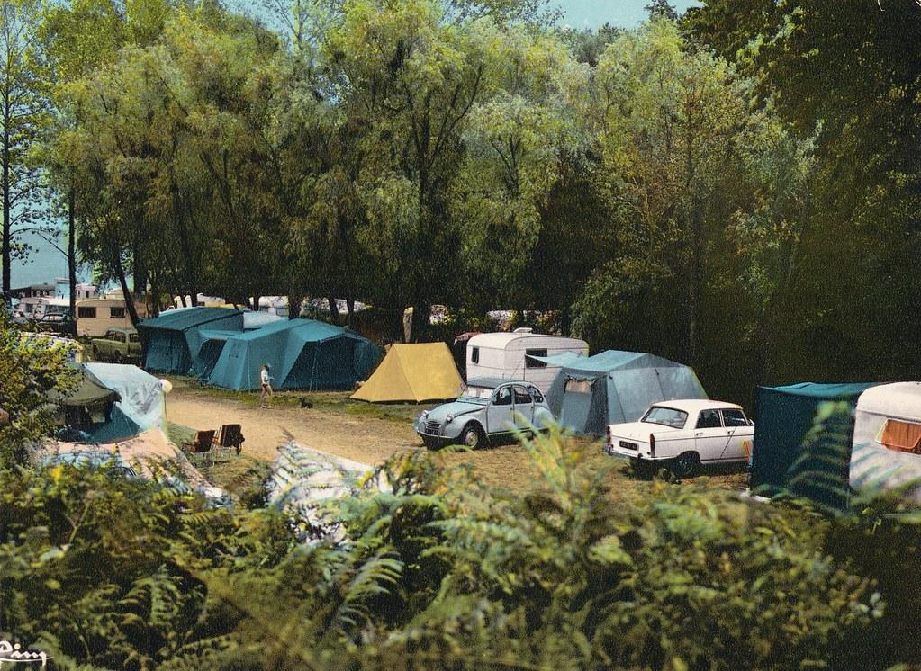 Postcard Cancale - Port - Picain (35 Ile et Vilaine) Centre d'Acceuil des Mimosas 1973a