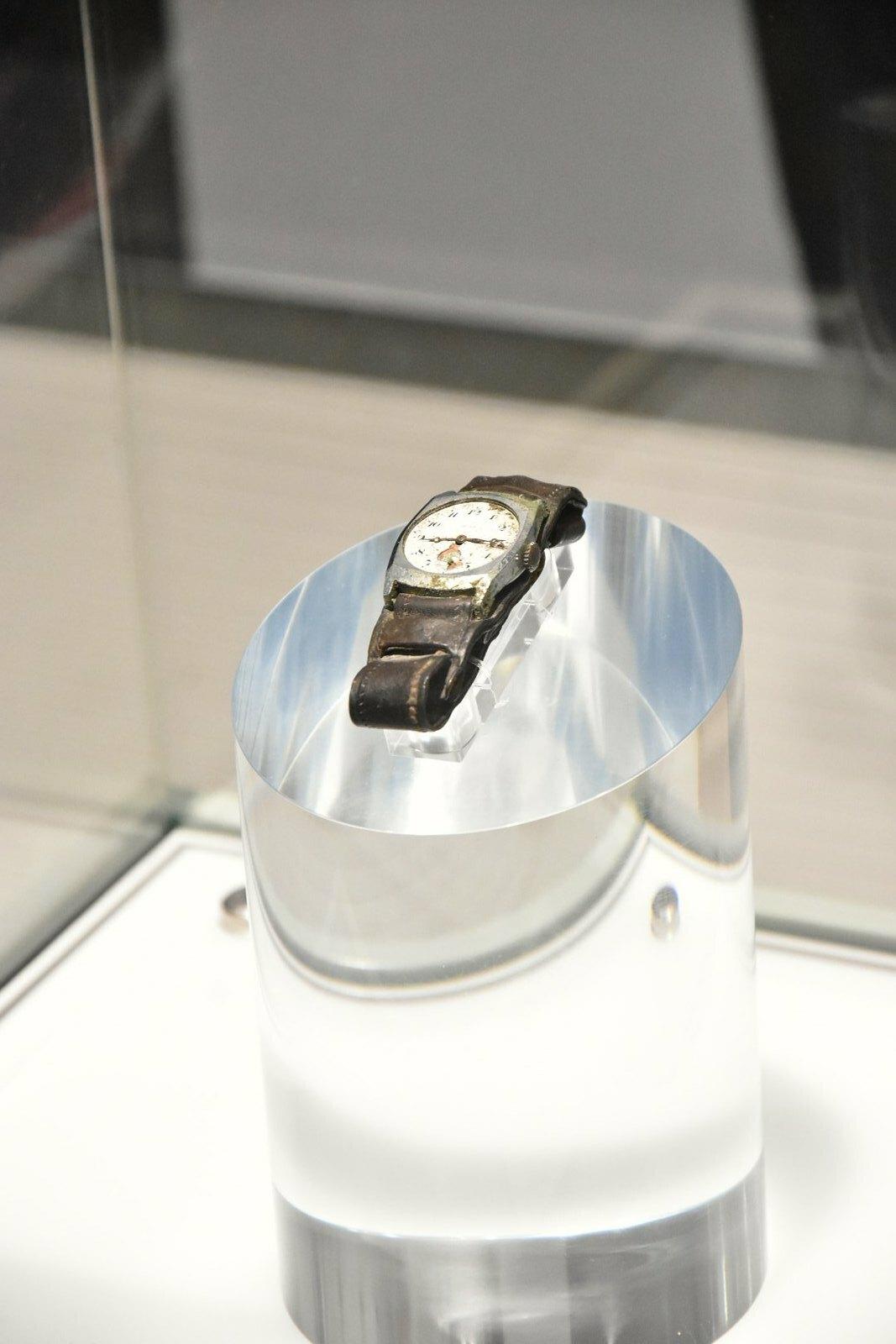 Hiroshima - Musée mémorial de la paix - montre arrêtée à 8h15
