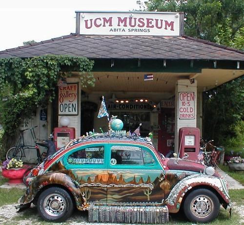 Próximamente, 'art cars', museos, festivales, pueblos singulares y otros símbolos de la más absoluta demencia
