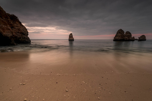 portugal lagos praiadocamilo camilobeach beach shore rocks cliffs sea ocean le longexposure poselongue nisifilters nikond750 nikon1424mmf28 nikkor 1424mm 2018 june