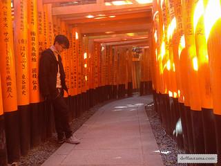 9 Hari Babymoon ke Jepang - Fushimi Inari Torii | by deffa_utama