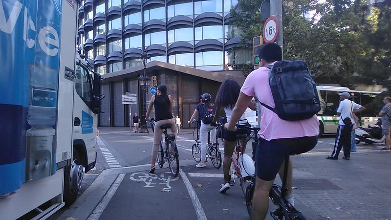 Carril bici pl Francesc Macià