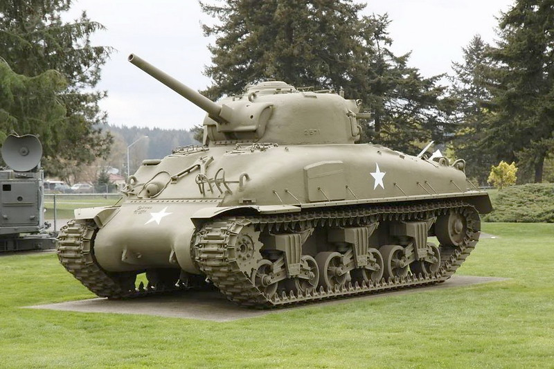 Sherman M4A1 1