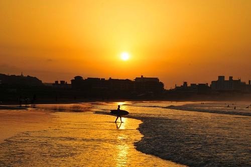sunrise enoshima beach silhouette