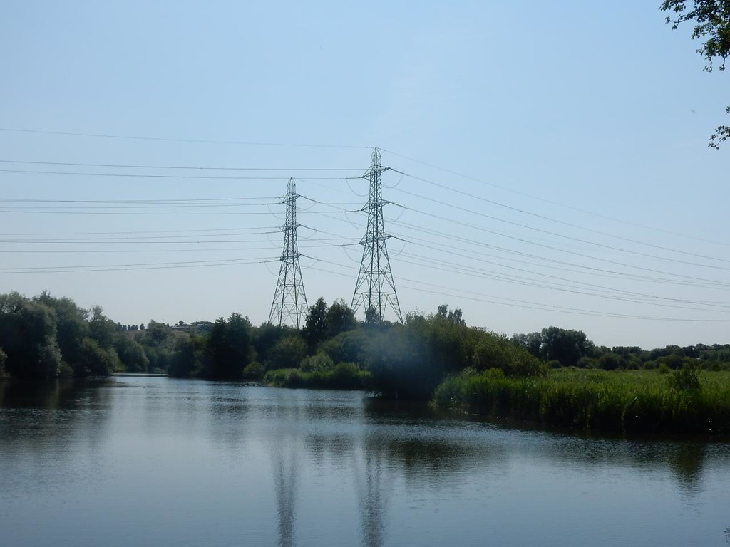 Pond with pylons Cheshunt to Broxbourne