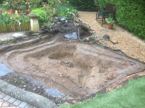 Pond renovation Holbury