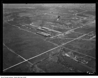 Leaside aerodrome from air