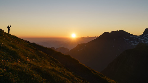 sunrise sonnenaufgang berge mountains gebirge mountain swissalps switzerland schweiz schweizeralpen panorama wandern hiking trekking