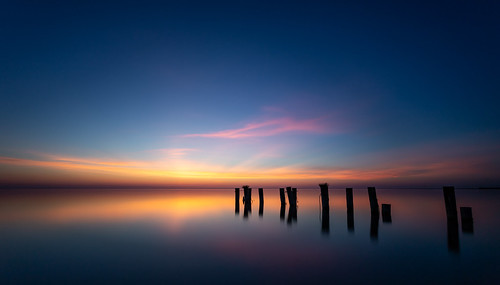 2018 fiftypointconservationarea groynes lakeontario sunrise img1937 canon6d grimsby ontario longexposure ndfilter