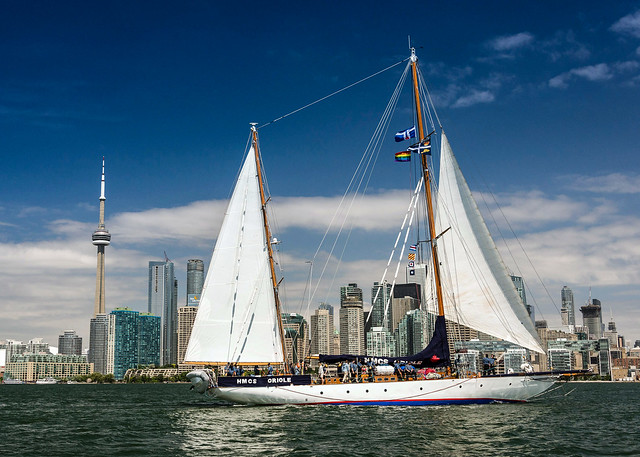 Beautiful Toronto Sail - HMCS ORIOLE