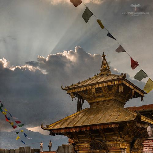 pabloferrariart asia nepal kathmandu swayambhunath temple templo unesco historical religion religious historico sitio valley monkey sky sunset clouds nubes cielo pabloferrariphotography pabloferrariphotographer