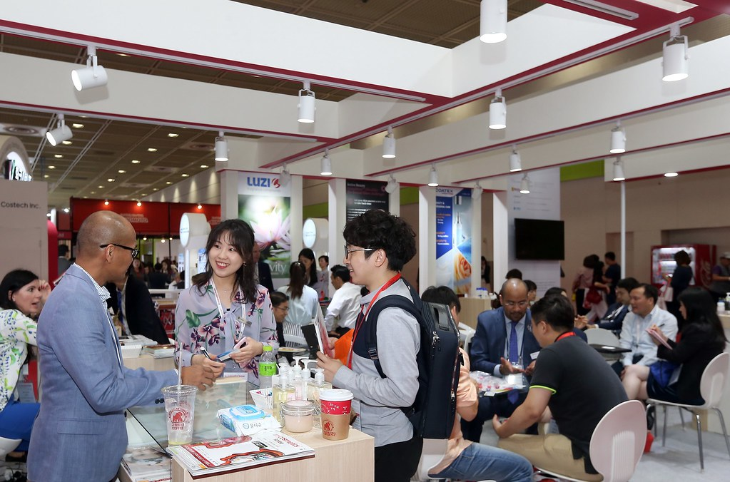 INCKR 2018 EXHIBITION (10)   in-cosmetics group   Flickr