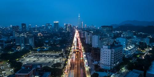 台北市の空撮夜景 | by YUSHENG HSU