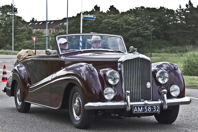 Bentley R-type DHC Park Ward 1954 (4005)