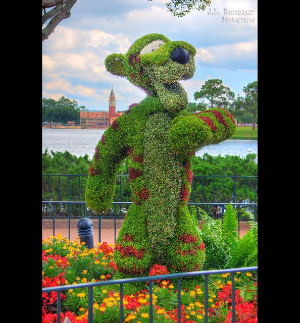 Floral Tigger - Disney's Epcot