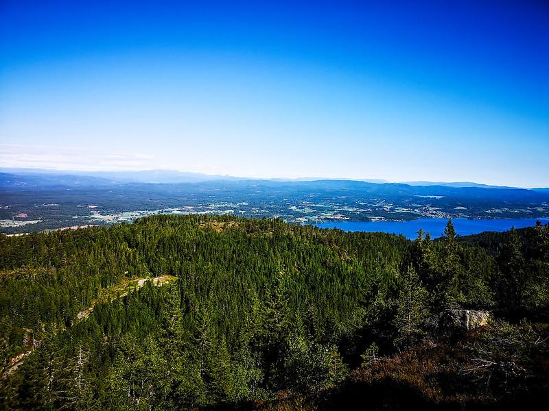 09-Utsikt mot Holleia fra Vestre Gudbrandstjernsåsen