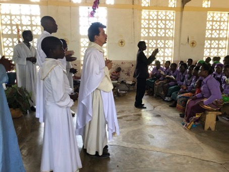 Celebraciones de Semana Santa en uno de los centros de la parroquia