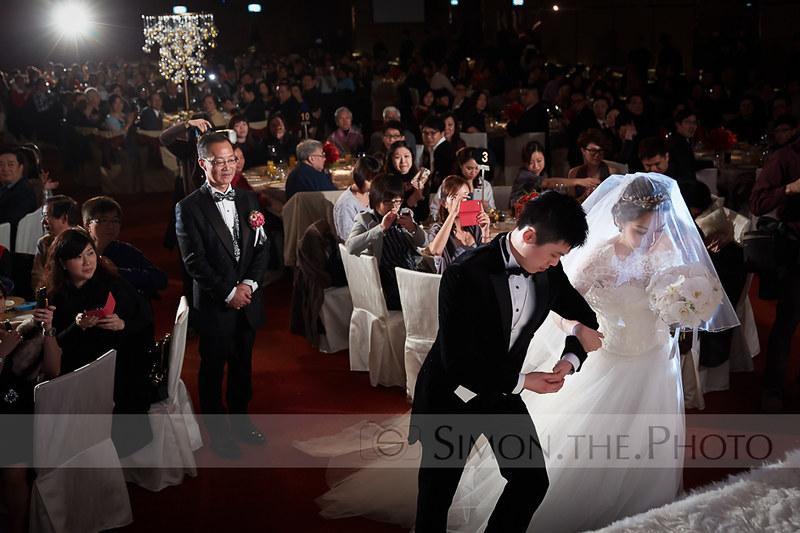 感動位 4/7 看著新郎新娘,步入婚禮,絕對百感交雜