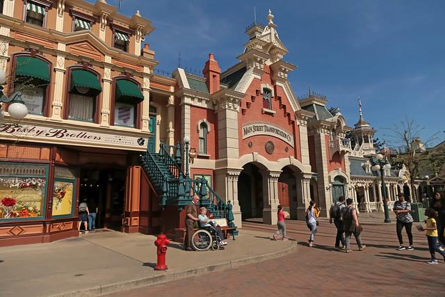 Town Square - Disneyland Park (France)