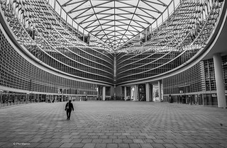 Palazzo Lombardia - Milan | by Phil Marion (177 million views - THANKS)