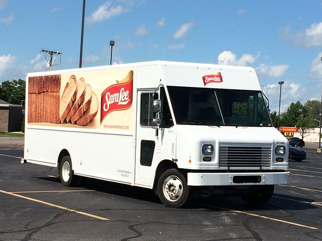 Sara Lee Ford F59 Utilimaster truck