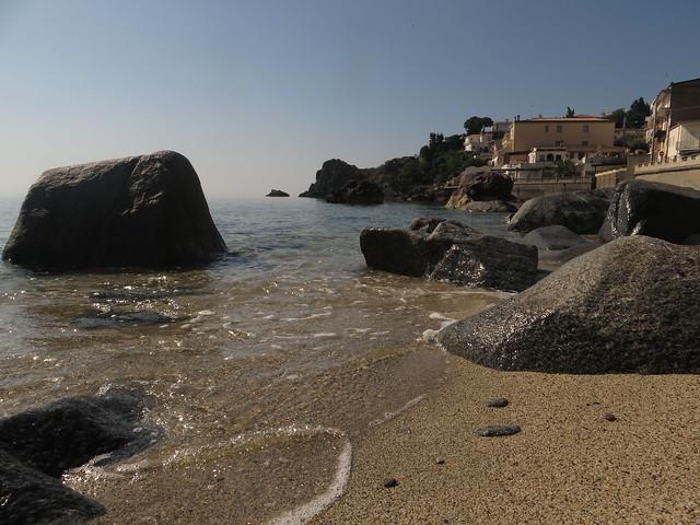 Caminia Beach (3)
